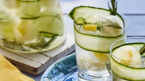 Gurken-Zitronen-Limonade mit Rosmarin
