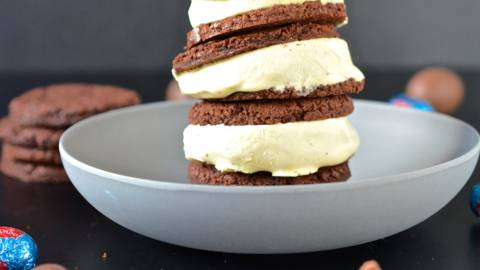 Oster Cookies Sandwiches