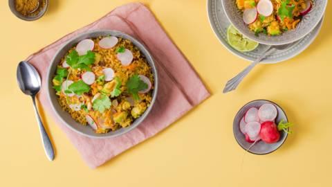 Marokkanische Reispfanne mit gebratener Avocado