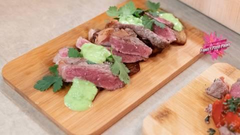 Family Food Fight: Rindfleisch mit Peasabi, Gemüsebananen und Koriander