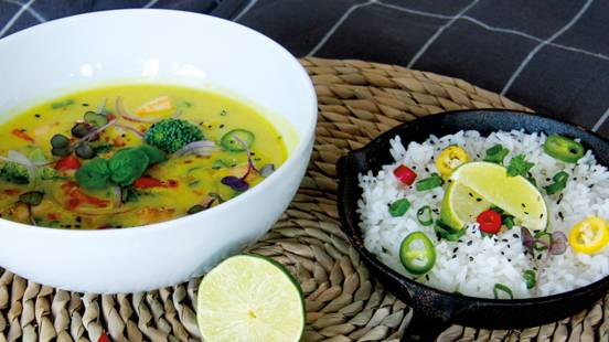 Veganes Curry mit Kokosmilch und Tofu