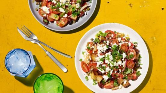 Knackiger griechischer Salat