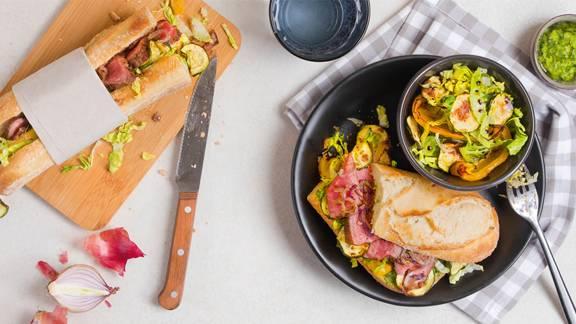 Entrecôte-Sandwich mit Ofengemüse und knackigem Salat