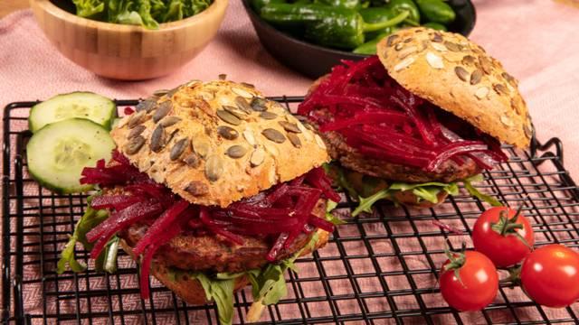 Veggi Burger mit Randen