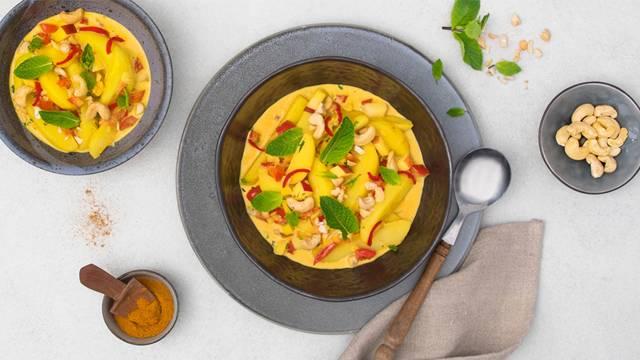 Kartoffel-Curry mit Apfel und Chili