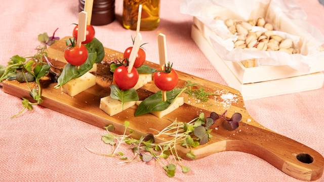 Tomaten-Käse-Sticks