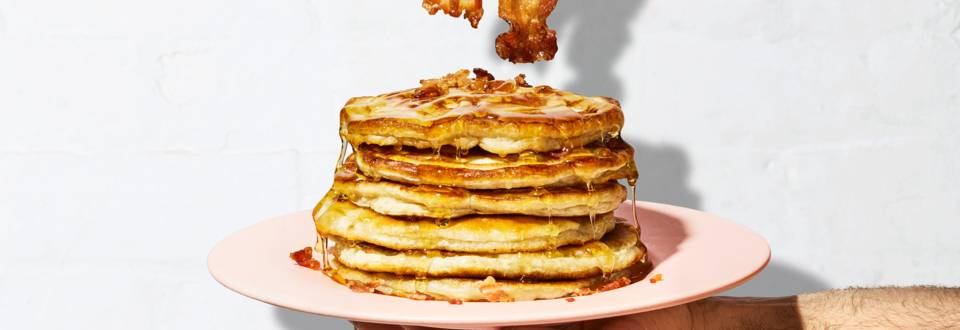 Bananen-Pancakes mit Speck