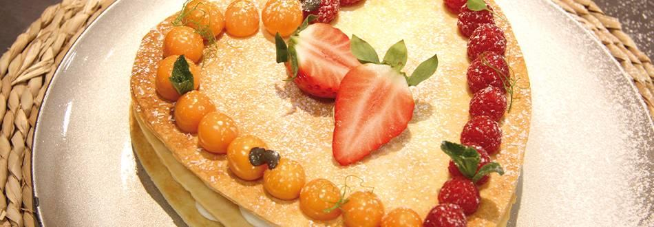 Herz Mille-Feuille mit Pfirsich-Maracuja Quark-Crème