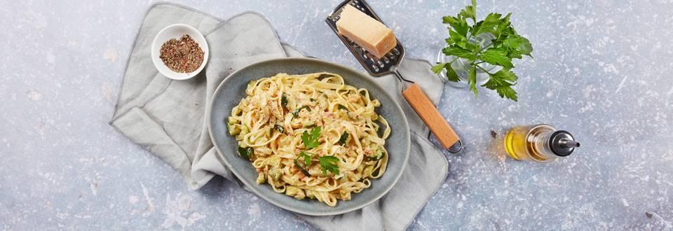 Nudeln mit Zucchini-Carbonara