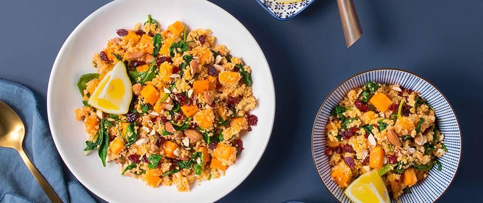 Couscous-Bowl mit Süsskartoffel, Cranberrys und Mandeln